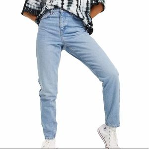 Topshop Mom Jeans in Bleach